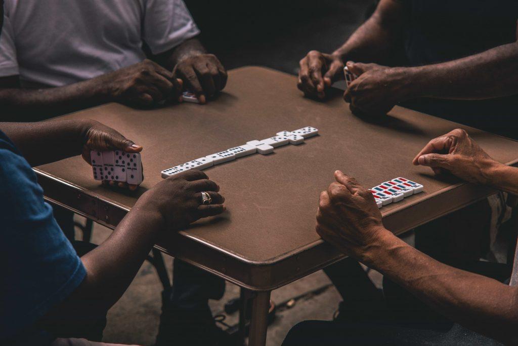 domino-dominoes-games-1543766-1 (1)