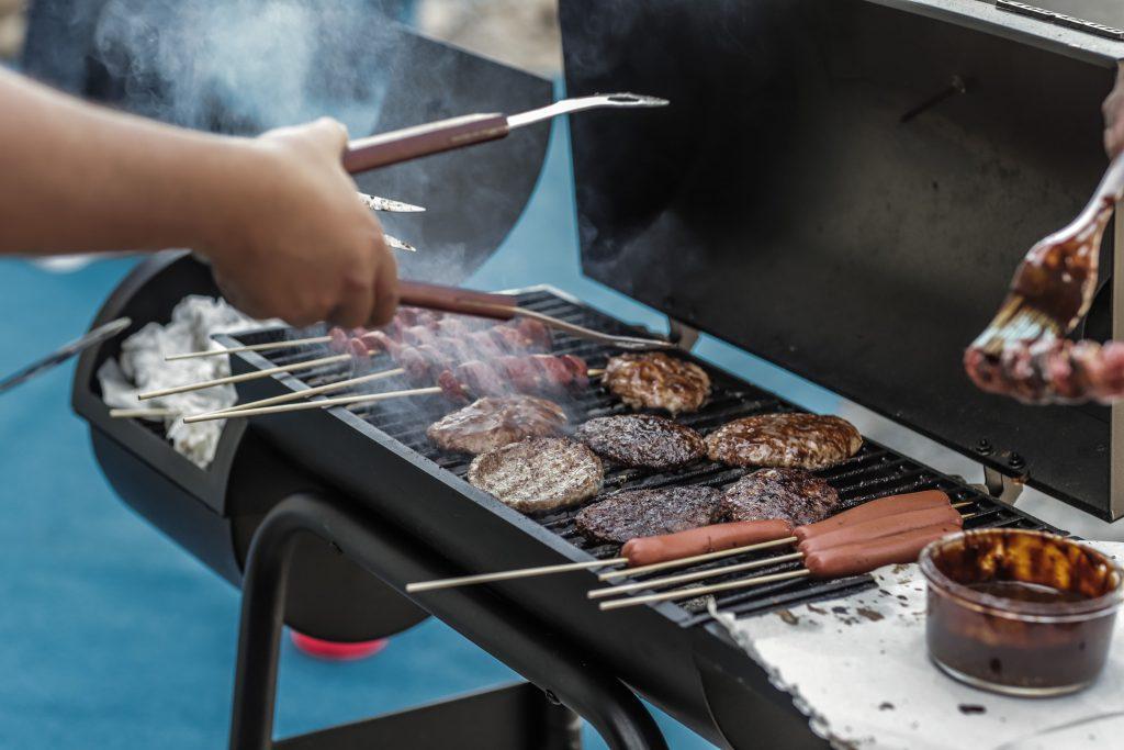barbecue-barbecue-grill-bbq-1857732-min