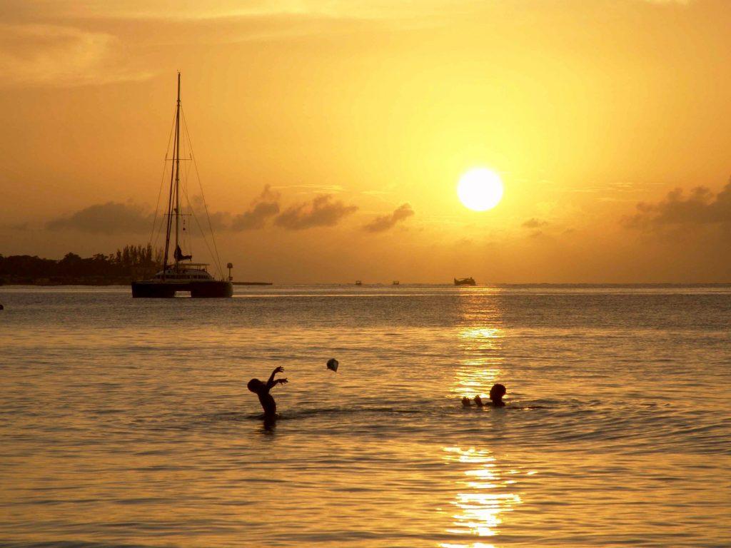 beach-sea-coast-ocean-horizon-sun-842082-pxhere.com
